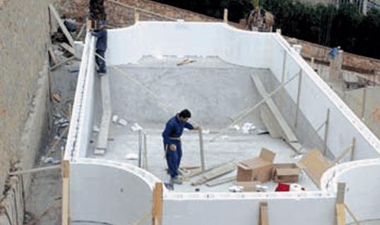 Piscine interrate giemme trattamento acque for Casseri in polistirolo per piscine